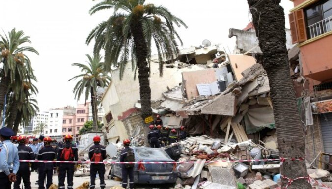 Kasablankā pēc trīs ēku sagrūšanas bojāgājušo skaits jau pieaudzis līdz 23