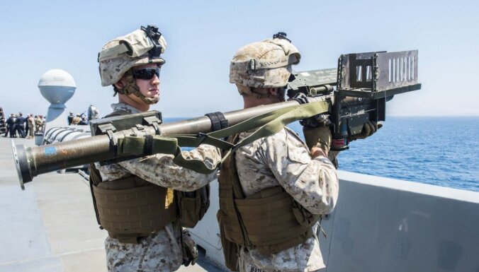 Amerikāņu 'dzelonis': Kas ir 'Stinger' raķetes, ar kurām bruņosies Latvija