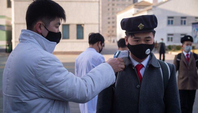 Covid-19 atklāj Ķīnas robežsargu ievainotam ziemeļkorejiešu pārbēdzējam