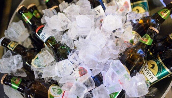 Alkohola pārdevēji tiešsaistes pārdošanas dēļ zaudē miljardus