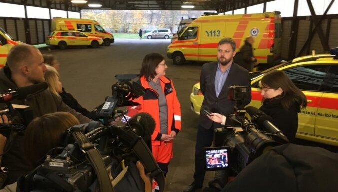 Mediķu 'masveida aizplūšanas' dēļ NMPD izsludina ārkārtas situāciju Rīgas reģionālajā centrā
