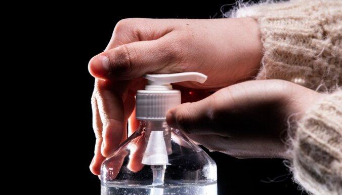 Врачи объяснили, как правильно пользоваться антисептиками