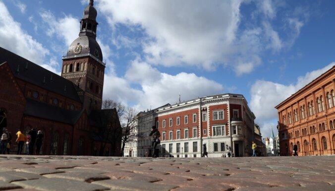 'Bite' Rīgas centrā atklāj sešas jaunas 5G bāzes stacijas