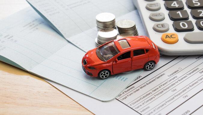 В 2020 году продажи новых легковых машин в Латвии упали на четверть
