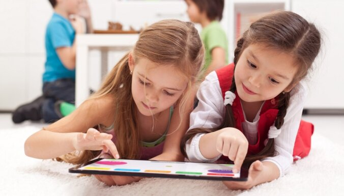 Глава службы качества образования: если к процессу учебы привлечь родителей, то результат будет не хуже, чем при посещении школы