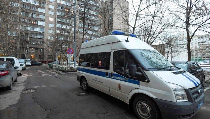 Policija Maskavā veikusi kratīšanu Navaļnija dzīvoklī