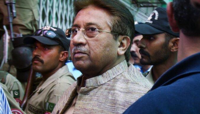 Pakistānas tiesa pagarina Mušarafam noteikto mājas arestu