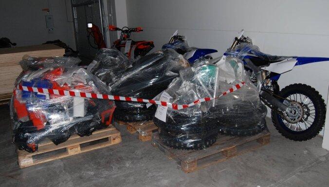 Из Латвии вывезли и не задекларировали три новых спортивных мотоцикла