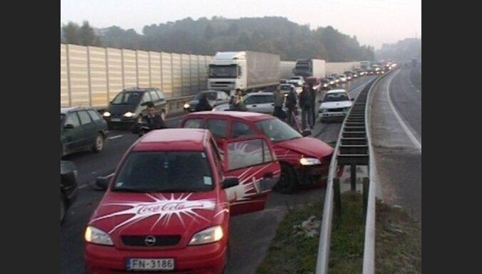 На Via Baltica столкнулись 10 машин