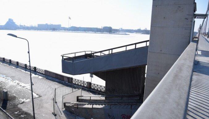 Лестницу Вантового моста предлагают перестроить; на это уйдет год
