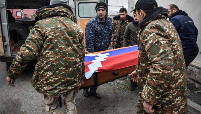 Simtiem armēņu un azerbaidžāņu karavīru karā pazuduši bez pēdām