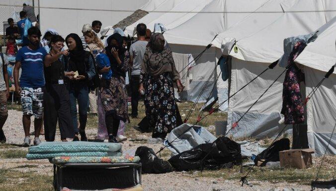 Grieķijas salās atkal ierodas simtiem nelegālo imigrantu