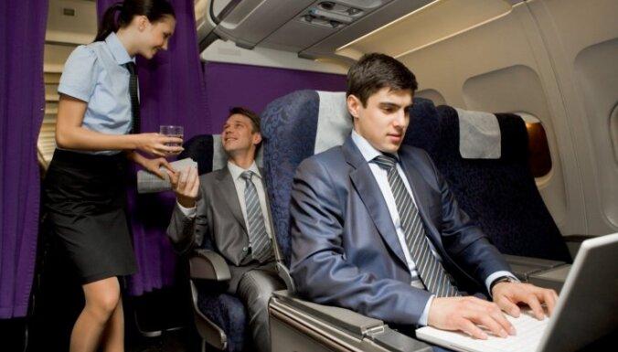 Чай и кофе в самолетах лучше не пить. И вот почему