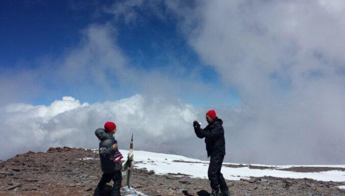 ФОТО: девятилетний мальчик покорил высочайшую гору западного полушария