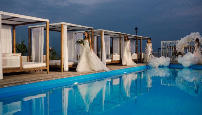 ФОТО. В Юрмале представили тренды свадебных нарядов на 2019 год