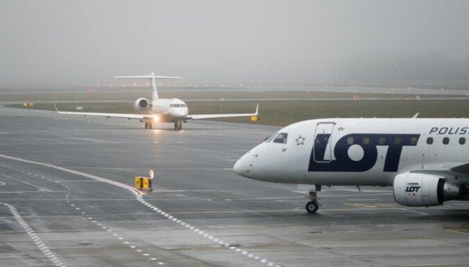 Polijas lidsabiedrība LOT iegādāsies 'Thomas Cook' piederošo aviokompāniju 'Condor'
