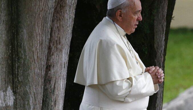 """Папа Франциск заявил, что Третья мировая война """"уже началась"""""""