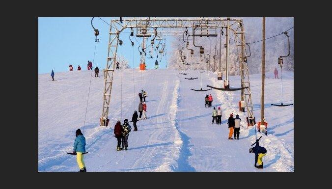 Kuutsemäe un Väike-Munamäe slēpošanas kūrorti Igaunijā