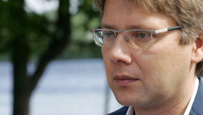 Ушаков призывает ГК оспорить прекращение процесса по делу о Южном мосте