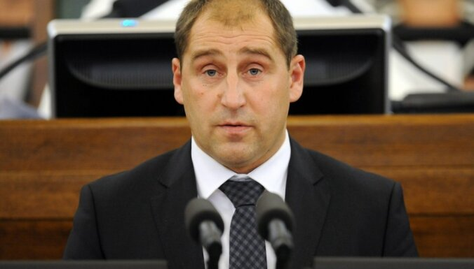 KNAB lūdz Saeimai atļauju sodīt Rasmani saistībā ar amatu savienošanas pārkāpumu