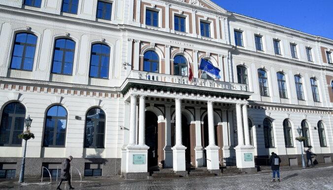 Пустое кресло мэра Риги: Коалиция будет искать другого кандидата, оппозиция разошлась во мнениях