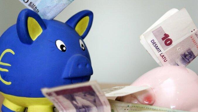 KM rosina par autoratlīdzībām maksāt nodokļus no apgrozījuma, nevis fiksētu ikmēneša maksu