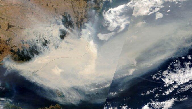 Austrālijas ugunsgrēki ap zemi apvijuši dūmu gredzenu