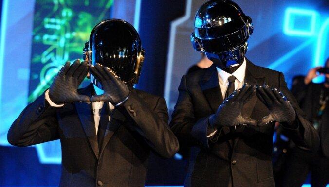 Электронный дуэт Daft Punk объявил об уходе со сцены