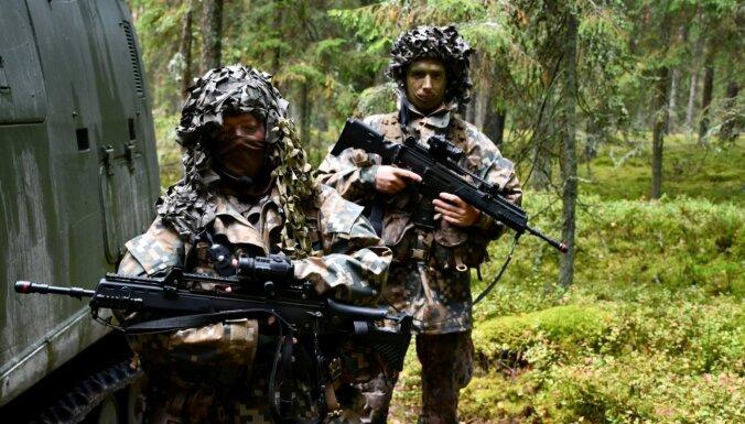 Министры хотят дать права армии и земессаргам применять оружие во время спецопераций в мирное время