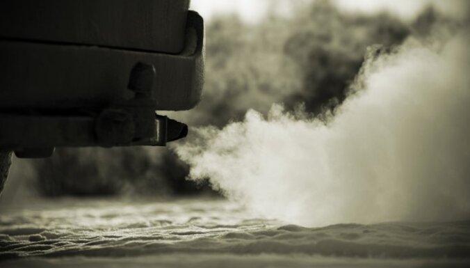 В Литве появится налог на автомобильные выхлопы, повысятся акцизы на алкоголь, табак и горючее