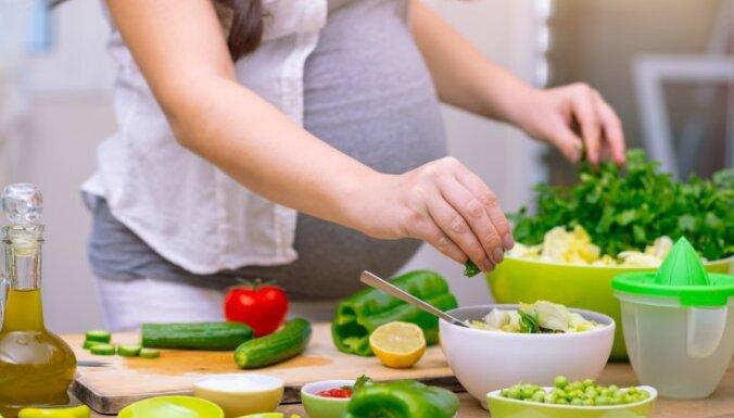 Влияние грудного молока на работу генов ребенка и три вещи, о которых стоит задуматься