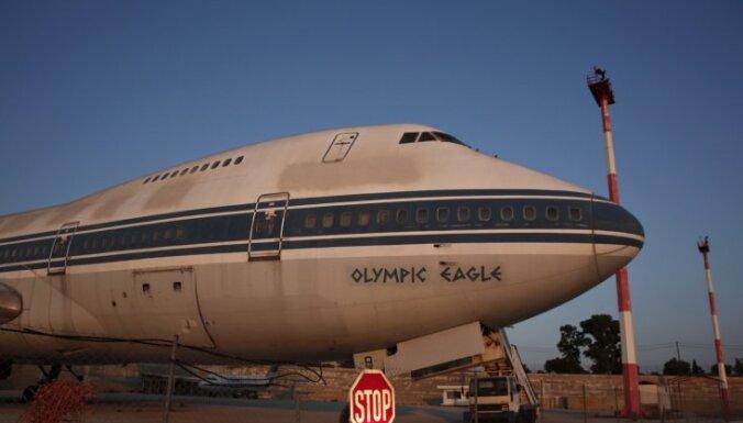 Foto: Drupās gulst reiz tik lepnā Grieķijas lidosta