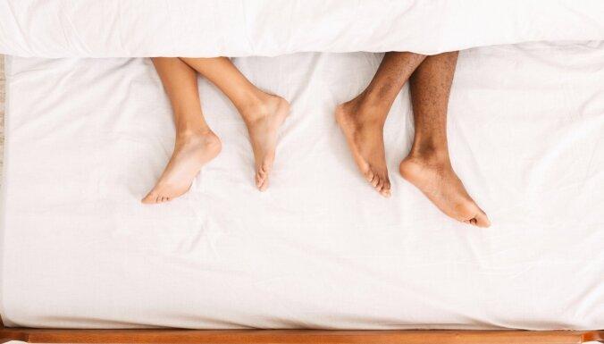 Мы спим отдельно: в каких случаях это может улучшить отношения