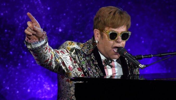 Sers Eltons Džons paziņo par savu pēdējo koncertturneju