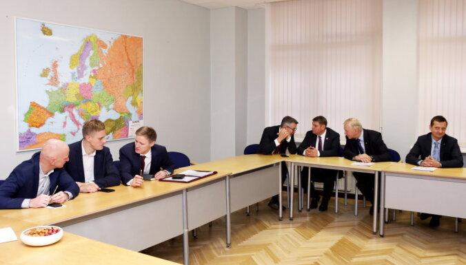 Gobzemam atvēlētais laiks pusē – politiķi tiksies sestajā sarunu raundā
