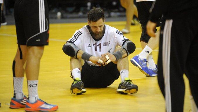 Latvijas handbola izlases kapteinis Dude: visiem jāpiesēž, jāaptver tas viss un arī jānosvin