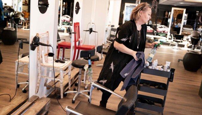 """""""Это просто сумасшествие"""". Жители Дании устремились в парикмахерские после карантина из-за коронавируса"""