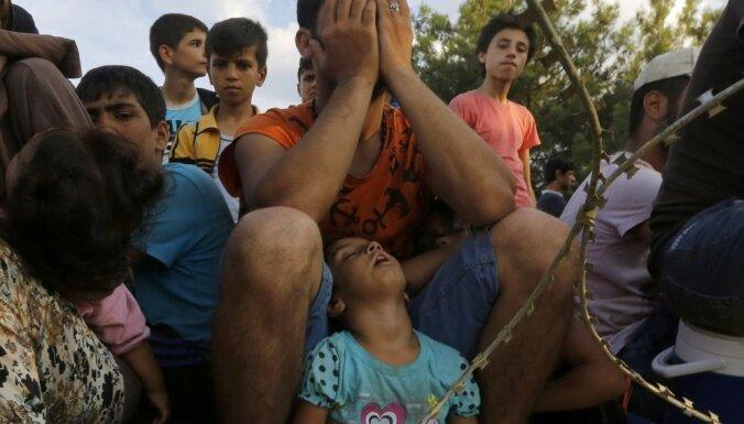 ES dalībvalstīm, kuras nevēlēsies uzņemt patvēruma meklētājus, varētu būt jāmaksā