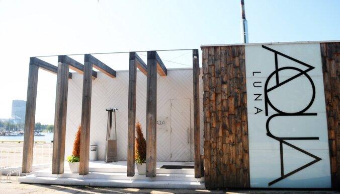 Restorāns 'Aqua Luna' būs slēgts līdz darbinieku Covid-19 testu saņemšanai