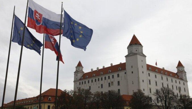 Slovākijas valdošā partija zaudē mēra vēlēšanās Bratislavā un citās lielajās pilsētās