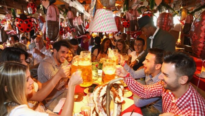 Vāciešu alus patēriņš sasniedzis zemāko līmeni pēdējo 25 gadu laikā