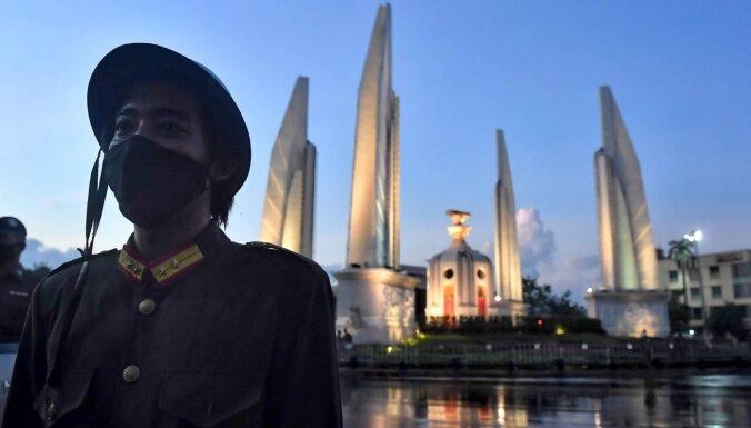 Taizemē klusām pazūd demokrātijai veltīti pieminekļi