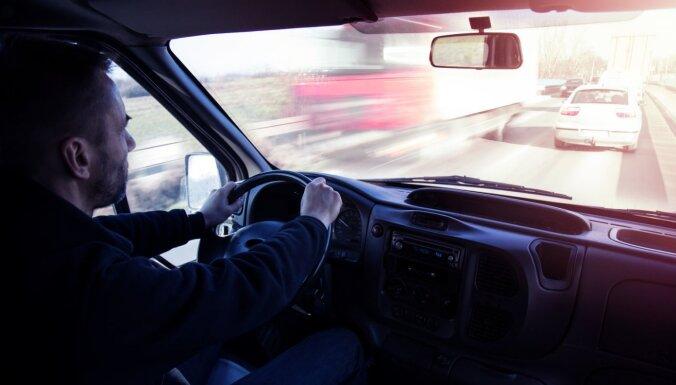 Польша: полиция задержала пьяного дальнобойщика из Латвии