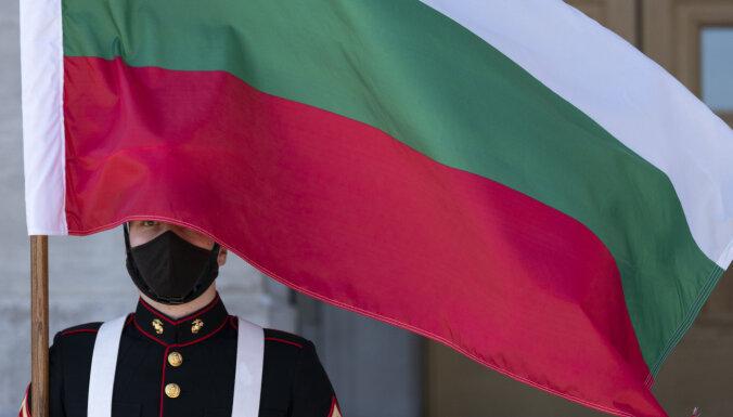Bulgārija izmeklē sešu krievu saistību ar munīcijas noliktavu spridzināšanu
