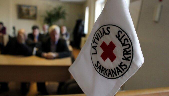 Помощь беженцам и ищущим убежища будет оказывать Латвийский Красный крест