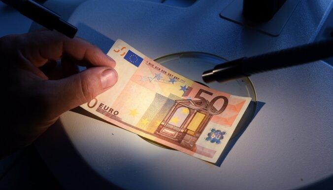 Latvijā starp naudas viltojumiem visvairāk ir 50 eiro banknotes
