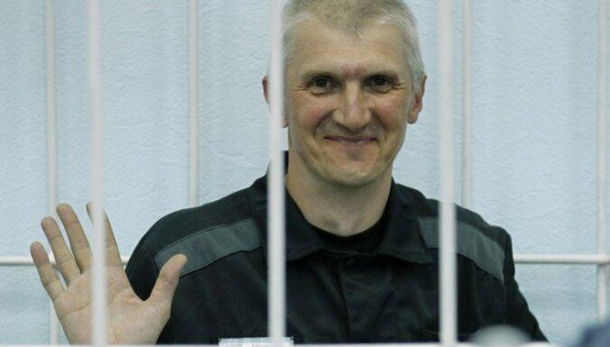 Noraida bijušā 'Jukos' līdzīpašnieka Ļebedeva lūgumu par pirmstermiņa atbrīvošanu