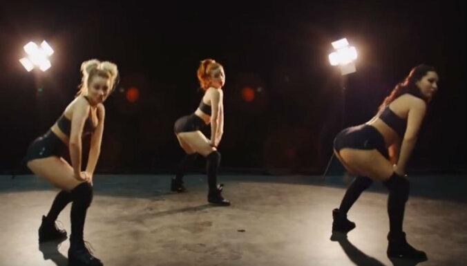 Video: Latviešu daiļavas meistarīgi drebina dupšus