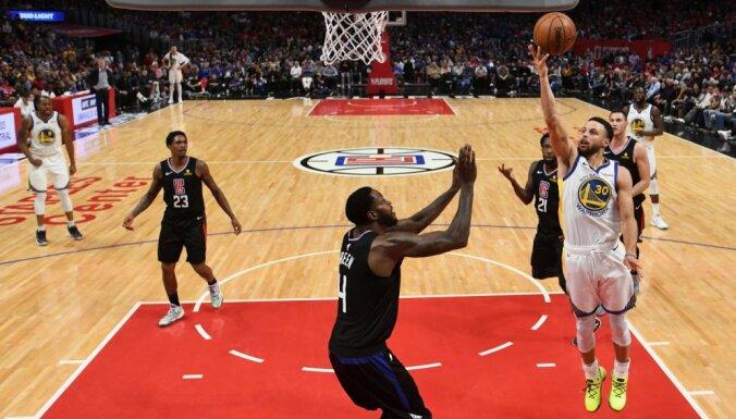 'Warriors', 'Trail Blazers' un 'Raptors' tuvojas NBA izslēgšanas turnīra nākamajai kārtai