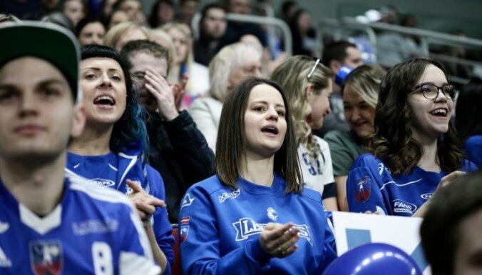Foto: Cēsu 'Lekrings' florbolisti izcīna Latvijas čempionāta bronzu